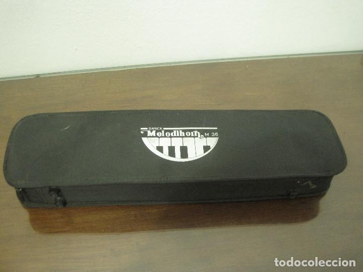 Instrumentos musicales: Samick melodihorn m36 con estuche - Foto 4 - 214485380