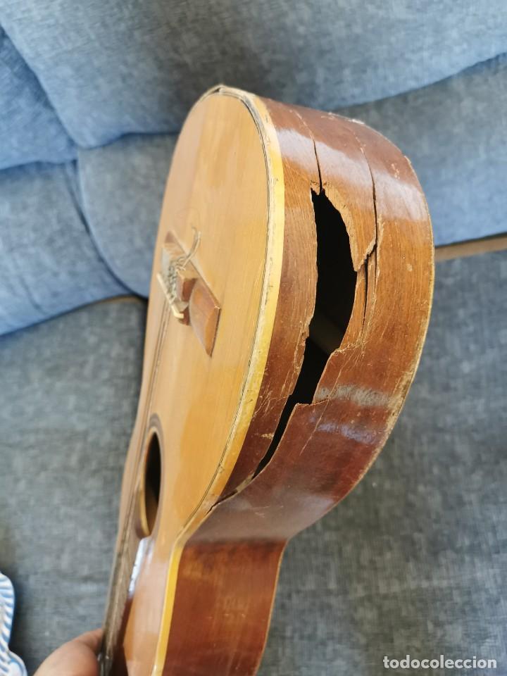 Instrumentos musicales: Guitarra antigua Roca.Valencia.años 60 - Foto 4 - 142439902