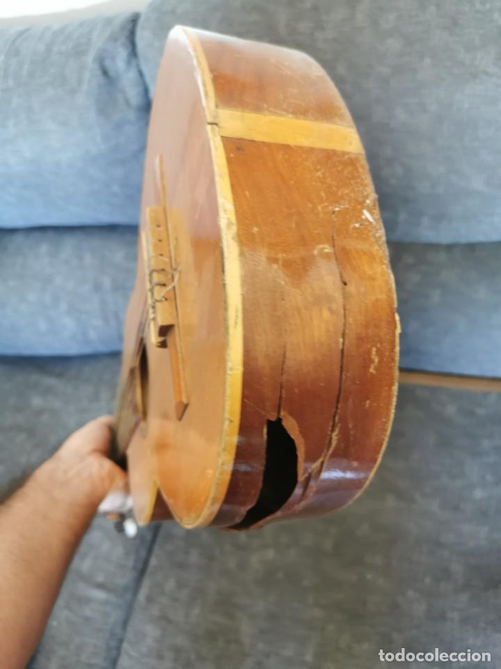 Instrumentos musicales: Guitarra antigua Roca.Valencia.años 60 - Foto 5 - 142439902