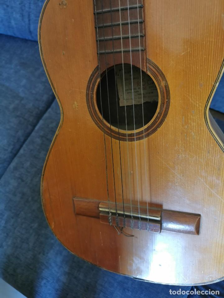 Instrumentos musicales: Guitarra antigua Roca.Valencia.años 60 - Foto 6 - 142439902