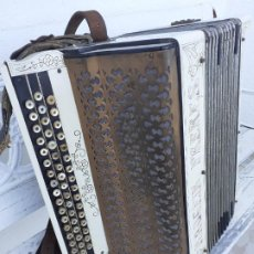 Instrumentos musicales: ACORDEÓN MAUGEIN FRERES. Lote 214933686