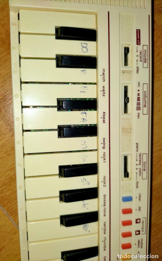 Instrumentos musicales: Teclado PT1 Casio - Foto 4 - 216389780