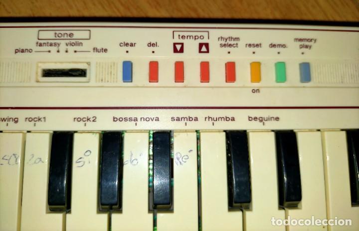 Instrumentos musicales: Teclado PT1 Casio - Foto 6 - 216389780