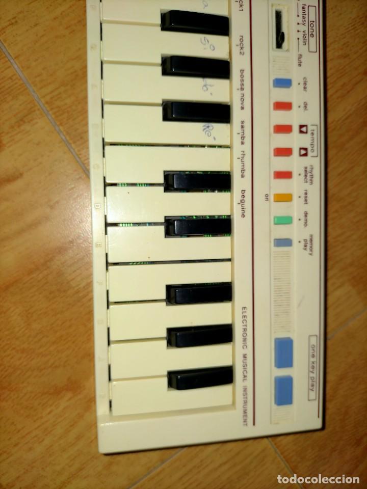Instrumentos musicales: Teclado PT1 Casio - Foto 17 - 216389780