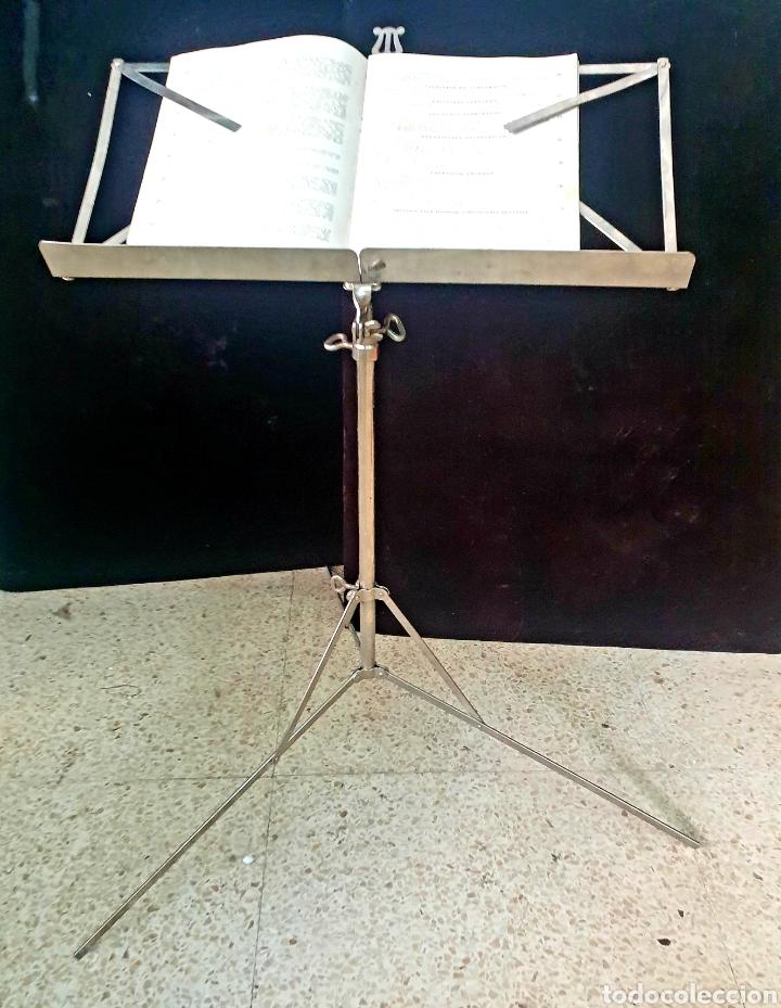 ATRIL DE MÚSICA (Música - Instrumentos Musicales - Accesorios)