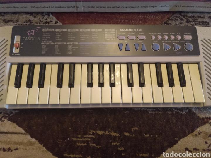 Instrumentos musicales: Órgano teclado CASIO M 200 funciona - Foto 5 - 217307900