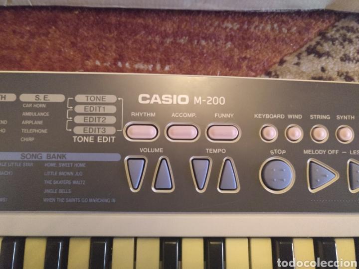 Instrumentos musicales: Órgano teclado CASIO M 200 funciona - Foto 4 - 217307900