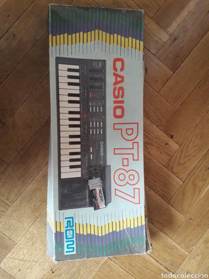 Instrumentos musicales: Casio PT-87 Con caja No funciona na correctamente. Lo encendí y el audio no es correcto - Foto 4 - 218372205