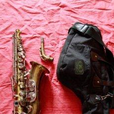 Instrumentos musicales: SAXOFON ALTO WELTKLAN. Lote 218561132