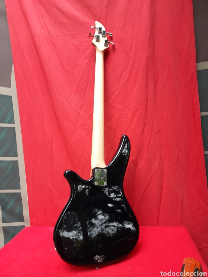 Instrumentos musicales: Bajo eléctrico Yamaha - Foto 4 - 218640627