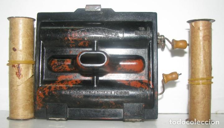 969-ANTIGUA-ROLMONICA(ARMÓNICA) EN BAKELITA CON 3 ROLLOS ,1928, RARÍSIMO Y CURIOSO OBJETO--FUNCIONA (Música - Instrumentos Musicales - Viento Metal)