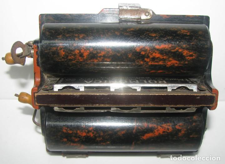 Instrumentos musicales: 969-ANTIGUA-ROLMONICA(armónica) EN BAKELITA CON 3 ROLLOS ,1928, RARÍSIMO Y CURIOSO OBJETO--FUNCIONA - Foto 2 - 218730328