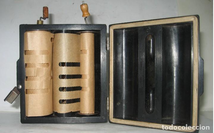 Instrumentos musicales: 969-ANTIGUA-ROLMONICA(armónica) EN BAKELITA CON 3 ROLLOS ,1928, RARÍSIMO Y CURIOSO OBJETO--FUNCIONA - Foto 5 - 218730328