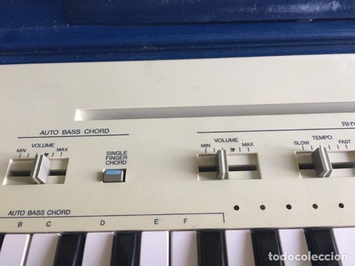 Instrumentos musicales: VINTAGE ORGANO YAMAHA PORTA SOUND PC-50 PLAY CARD KEYBOARD - Foto 3 - 219245331