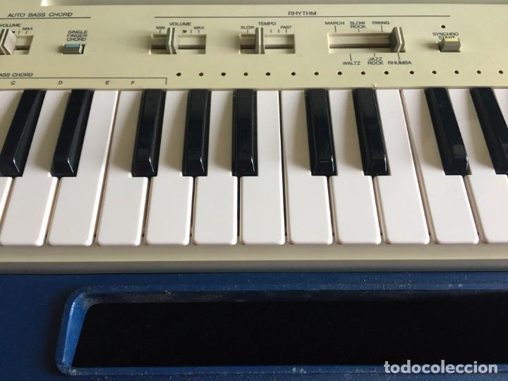 Instrumentos musicales: VINTAGE ORGANO YAMAHA PORTA SOUND PC-50 PLAY CARD KEYBOARD - Foto 6 - 219245331