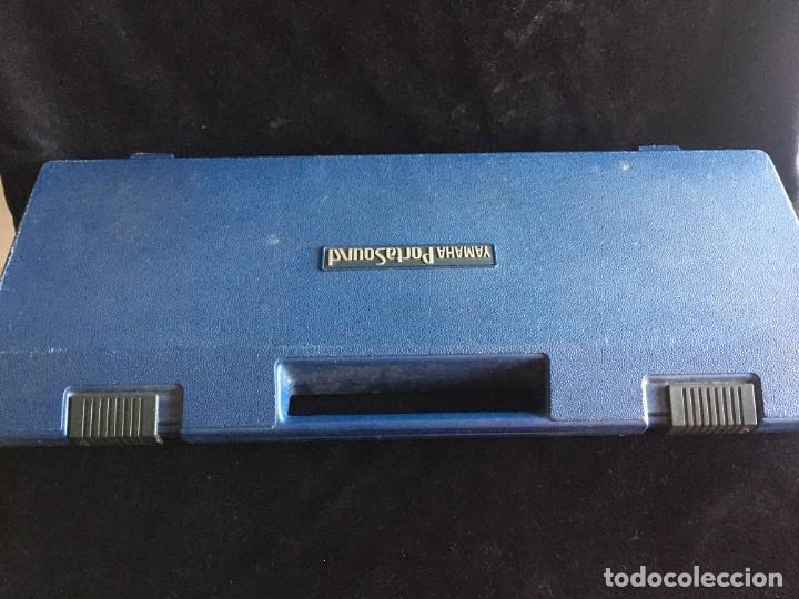 Instrumentos musicales: VINTAGE ORGANO YAMAHA PORTA SOUND PC-50 PLAY CARD KEYBOARD - Foto 10 - 219245331
