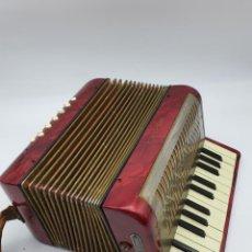 Instrumentos musicales: ACORDEON HOHNER MIGNON II ( AÑOS 50/60 ). Lote 219294933