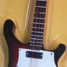 Instrumentos musicales: GUITARRA-COLECCIONISTA-CLIFF BURTON-TAMAÑO-VER FOTOS-COLECCIONABLE-SALVAT-CLASICO-SIN FASCICULO. Lote 219411757