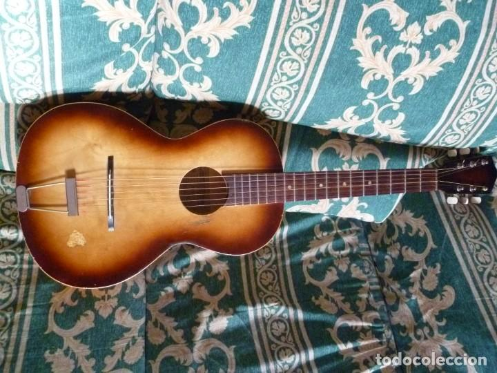 Instrumentos musicales: Antigua guitarra parlor Framus - Foto 2 - 219884821