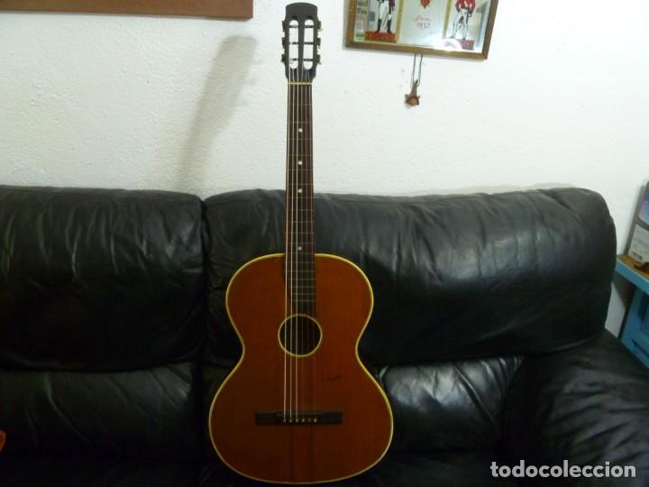 Instrumentos musicales: Guitarra centenaria alemana Ton Meister - Foto 3 - 219886173