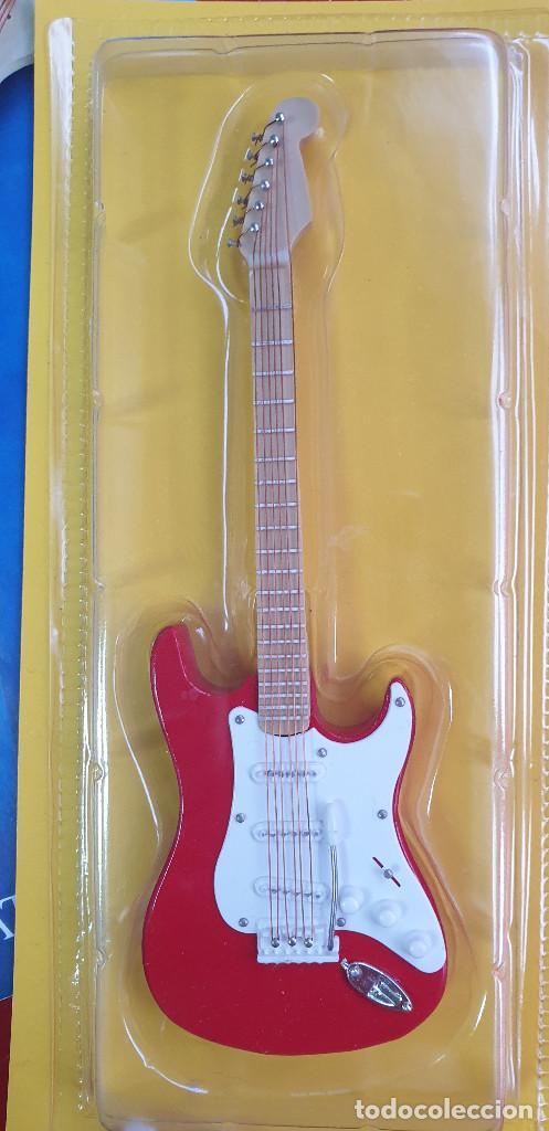 Instrumentos musicales: GUITARRA-COLECCIONISTA-JIMI HENDRIX-TAMAÑO-VER FOTOS-COLECCIONABLE-SALVAT-CLASICO-CON FASCICULO - Foto 3 - 219960978