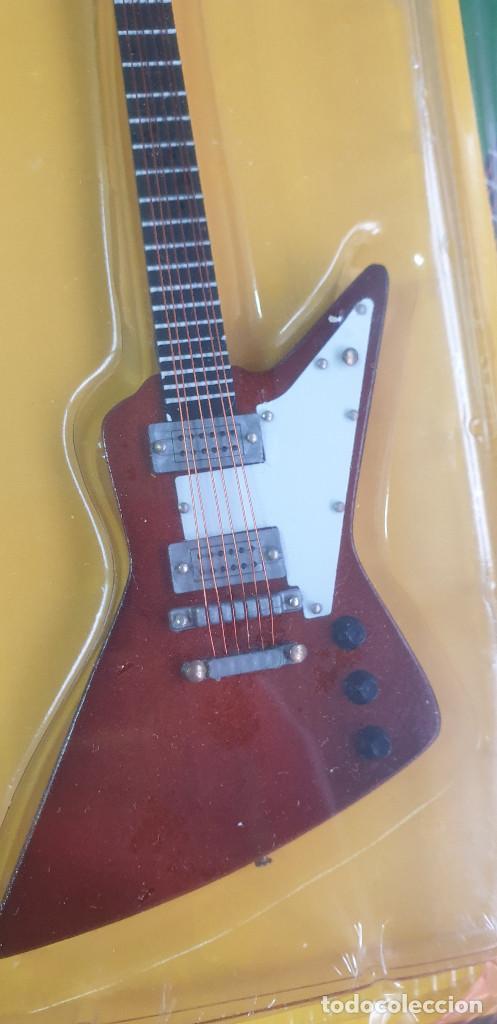 Instrumentos musicales: GUITARRA-COLECCIONISTA-THE EDGE-TAMAÑO-VER FOTOS-COLECCIONABLE-SALVAT-CLASICO-CON FASCICULO - Foto 3 - 219961331