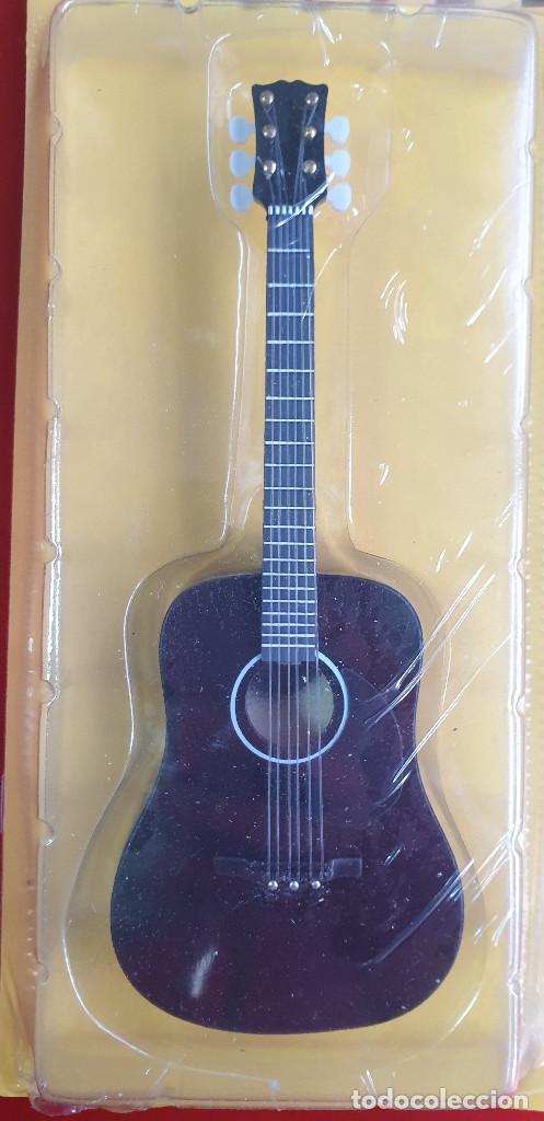 Instrumentos musicales: GUITARRA-COLECCIONISTA-ELVIS PRESLEY-TAMAÑO-VER FOTOS-COLECCIONABLE-SALVAT-CLASICO-CON FASCICULO - Foto 7 - 219961500