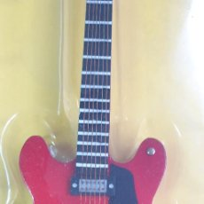 Instrumentos musicales: GUITARRA-COLECCIONISTA-CHUCK BERRY-TAMAÑO-VER FOTOS-COLECCIONABLE-SALVAT-CLASICO-CON FASCICULO. Lote 219962045