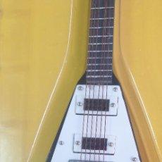 Instrumentos musicales: GUITARRA-COLECCIONISTA-MICHAEL SCHENKER-TAMAÑO-VER FOTOS-COLECCIONABLE-SALVAT-CLASICO-CON FASCICULO. Lote 219962555