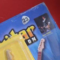 Instrumentos musicales: GUITARRA-COLECCIONISTA-KURT COBAIN-TAMAÑO-VER FOTOS-COLECCIONABLE-SALVAT-CLASICO-CON FASCICULO. Lote 219962707