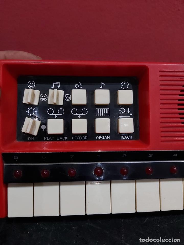 Instrumentos musicales: Antiguo piano micom organ . Ver las imágenes - Foto 2 - 221246253