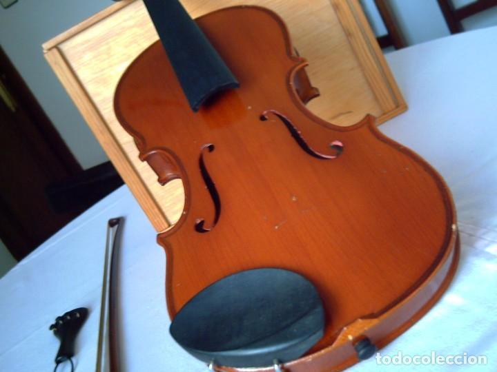 Instrumentos musicales: Violín 3/4 (56 cms.), con arco y estuche. En perfecto estado. - Foto 2 - 221304108