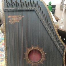 Instrumentos musicales: MUY ANTIGUA CITARA. Lote 221512537