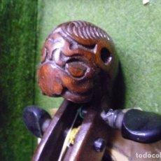 Instrumentos musicales: VIOLÍN BOHEMIO DEL XIX JAKOBUS STAINER CON CABEZA DE LEÓN.. Lote 221552293
