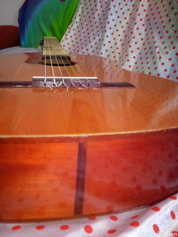 Instrumentos musicales: Mas y Mas Guitarra antigua - Paterna - Valencia - Foto 4 - 221741397