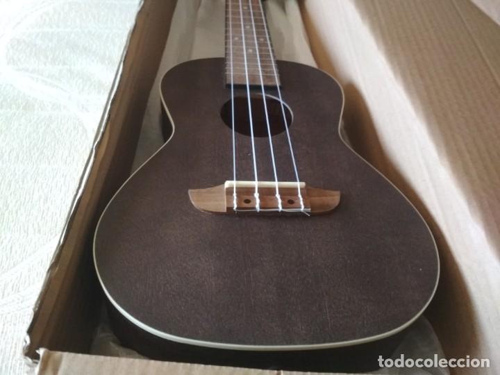 Instrumentos musicales: Ukelele Concierto marca Ortega nuevo. Regalo afinador Korg GA-1 - Foto 3 - 222104691