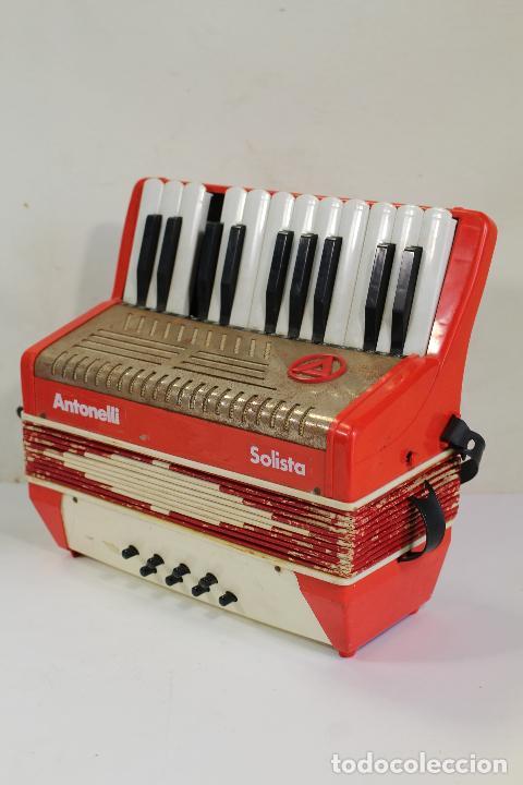 ACORDEÓN ANTONELLI SOLISTA PIANO TECLA 8 BAJOS (Música - Instrumentos Musicales - Pianos Antiguos)