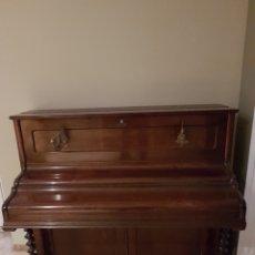 Instrumentos musicales: PIANO DE PARET. Lote 222730290