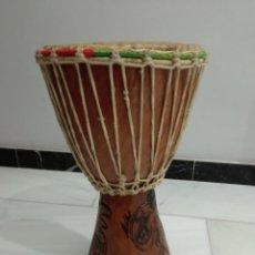 Instrumentos musicales: BONGO TAM TAM DJEMBÉ, TAMBOR, DE MADERA Y PIEL. Lote 224187887