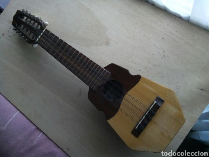 Instrumentos musicales: Precioso auténtico charango andino . Difícil de encontrar uno así. - Foto 2 - 224195306
