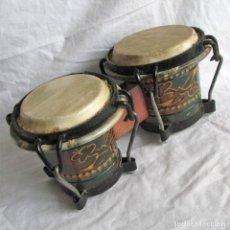 Instrumentos musicales: PAREJA DE TAMBORES DE MADERA, PIEL E HIERRO, CUBA. Lote 224607607