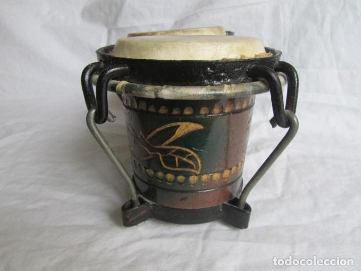 Instrumentos musicales: Pareja de tambores de madera, piel e hierro, Cuba - Foto 5 - 224607607