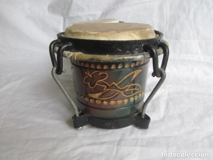 Instrumentos musicales: Pareja de tambores de madera, piel e hierro, Cuba - Foto 6 - 224607607