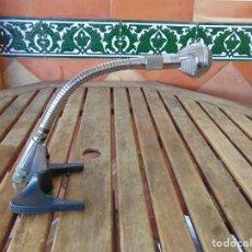 Instrumentos musicales: ANTIGUO MICRÓFONO DE SOBREMESA ORIENTABLE FLEXIBLE. Lote 224986695