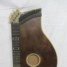 Instruments Musicaux: CITARA DEL SIGLO XIX CON ADORNOS EN HUESO. Lote 225330252