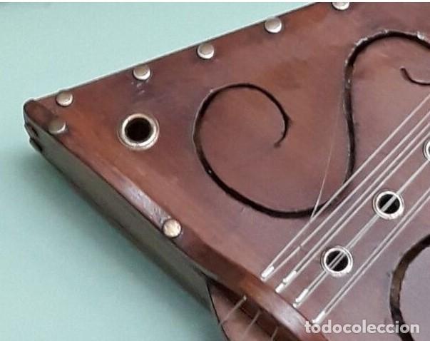 Instrumentos musicales: GUITARRA MEDIEVAL ARTESANAL..FUNCIONAL - Foto 2 - 225991730