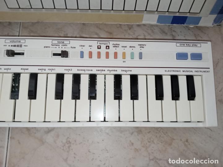 Instrumentos musicales: TECLADO piano CASIO PT1 PT-1 BLANCO - Foto 5 - 226284258