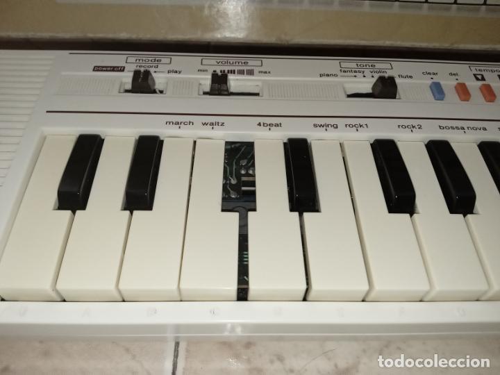 Instrumentos musicales: TECLADO piano CASIO PT1 PT-1 BLANCO - Foto 7 - 226284258