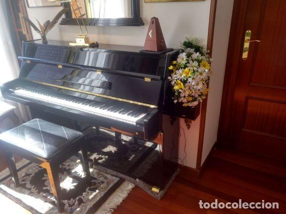 """PIANO SAMICK IMPERIAL - COLLAGE """"MOTIVO MUSICAL"""" EXPO-ARTE- LAMPARA ARTICULADA CON BAÑO ORO -....... (Música - Instrumentos Musicales - Pianos Antiguos)"""