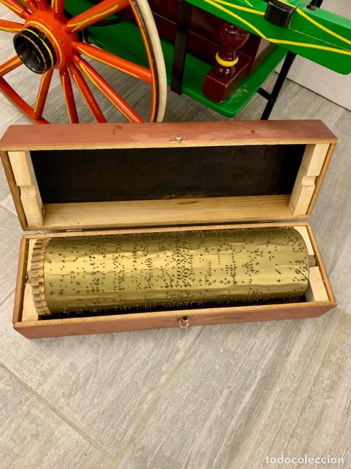 Instrumentos musicales: ORGANILLO DE MANIVELA FAVENTIA DE VICENTE LLINARES CON CARRO - Foto 13 - 227243580
